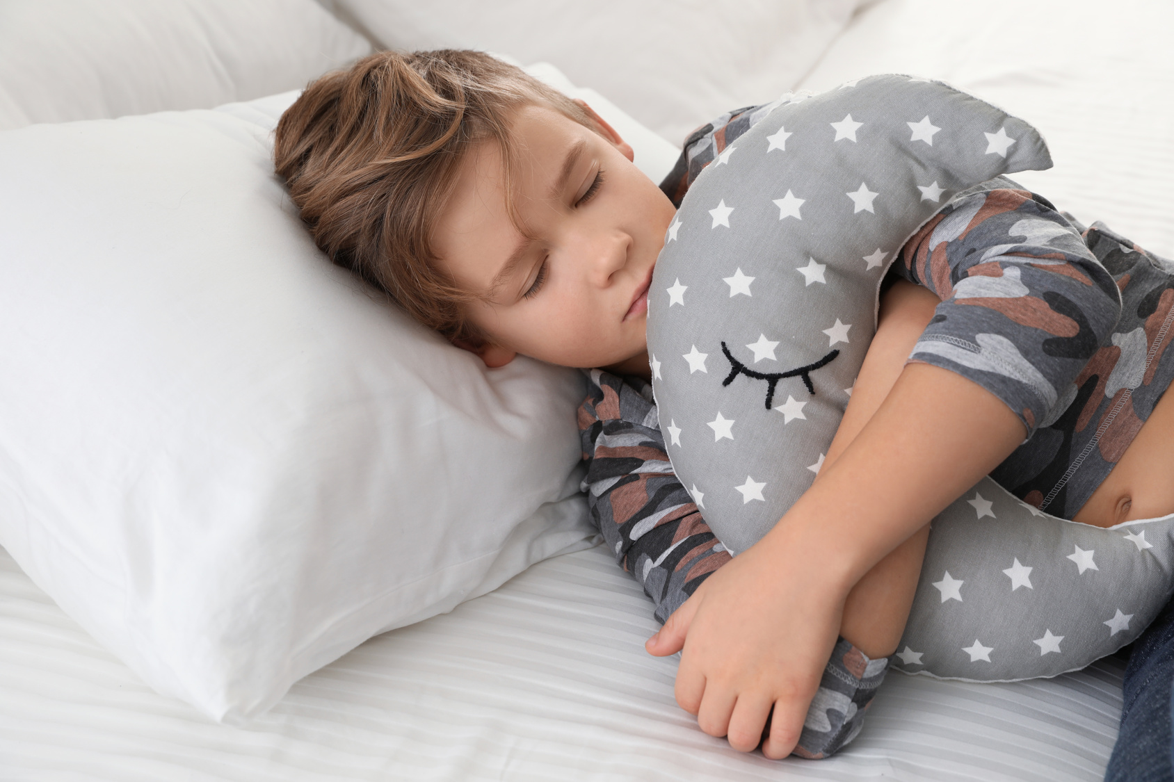 How To Help Your Child Overcome Fears And Worries At Bedtime